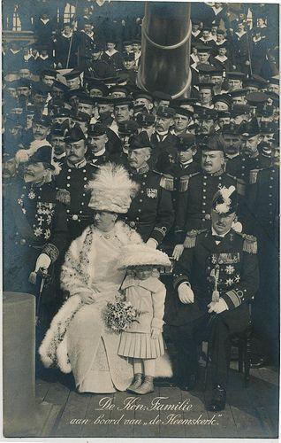 pc Koninklijke familie op de Heemskerk pm 1913 | Flickr - Photo Sharing!