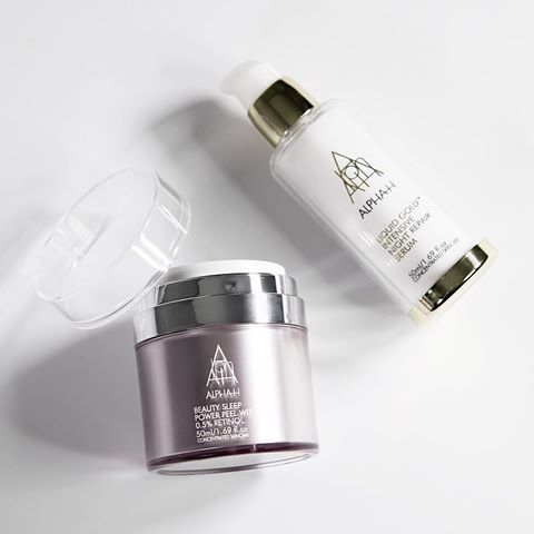 The most asked question; What is the difference between Beauty Sleep Power Peel and Liquid Gold Intensive Night Repair Serum? So read on... Beauty Sleep Power Peel can be incorporated into any routine to give your skin a weekly boost. For those who want prescriptive strength skincare results at home or for those people considering more invasive procedures but don't want the fuss or downtime. It's overnight reparative action gives clinical results that help to restore skin's beauty while you…