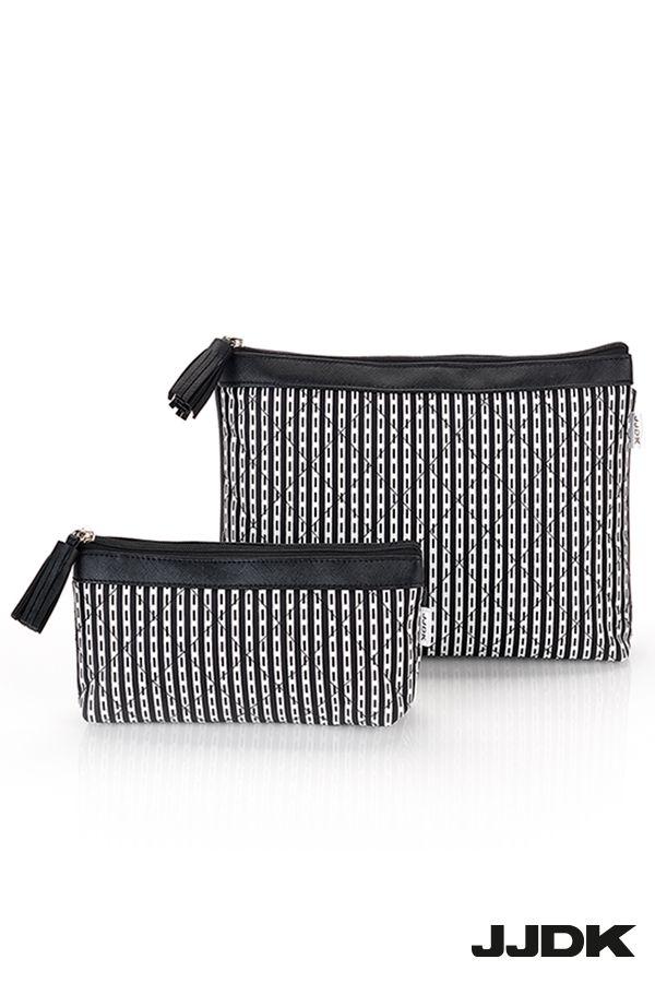 JJDK Cosmetic bags - Black and white stripes #cosmeticbag #toilettaske