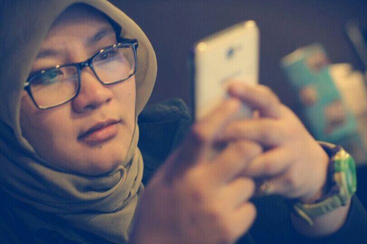 Mikir.. photoshoot by @irwansyah