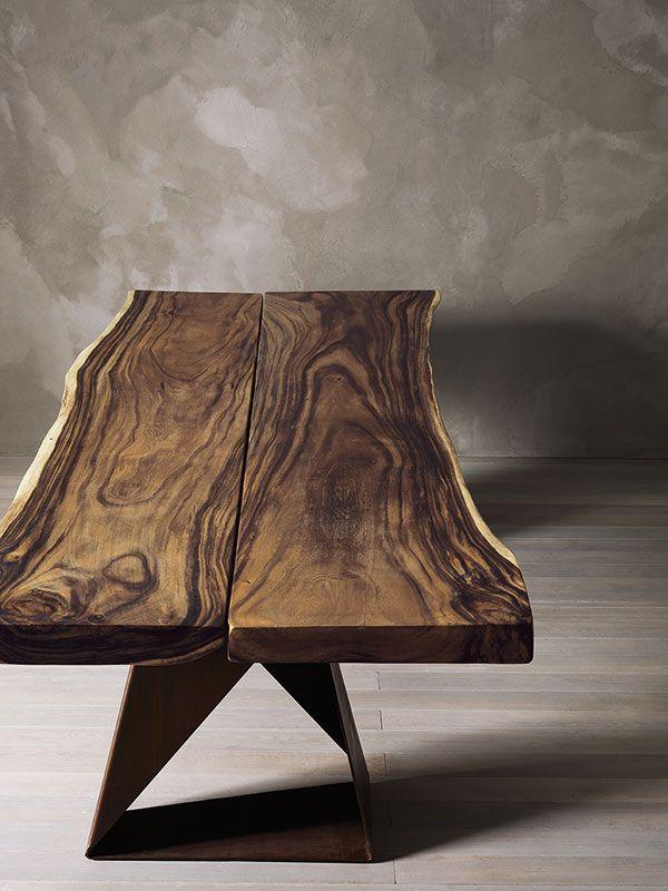 DASAR - Tavolo in legno massiccio di rovere o usar. DASAR - Solid oak or suar table.