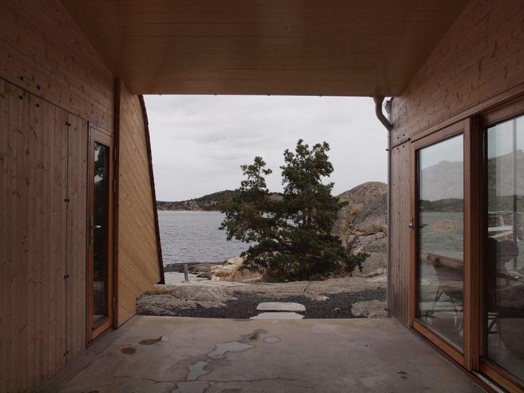 Summer house Grøgaard and Slaattelid / Knut Hjeltnes