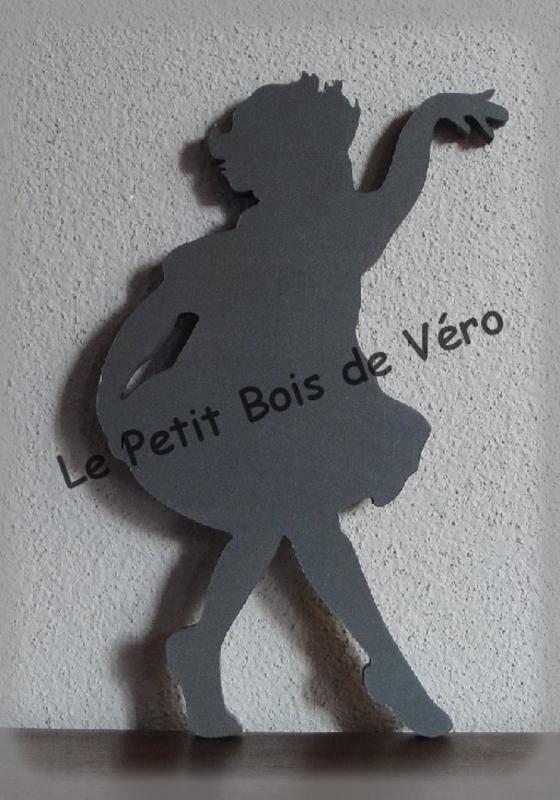 PRIX EN BAISSE - Silhouette petite danseuse décoration pour enfants (photo 1)