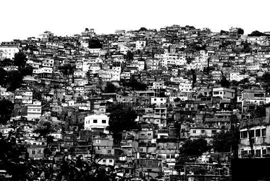 Favela Rio af Sarah Coghill