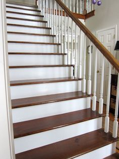 how to remove carpet from a staircase and stain and paint the pine steps and risers - Geflschte Hartholzbden Ber Teppich