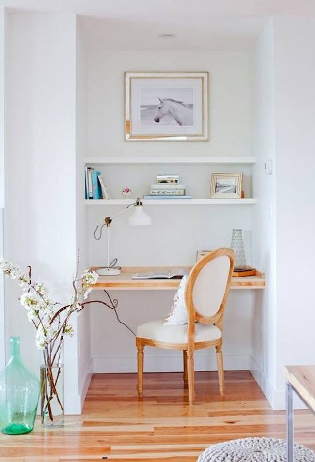 Best 25 small office spaces ideas on pinterest office for Small space office solutions