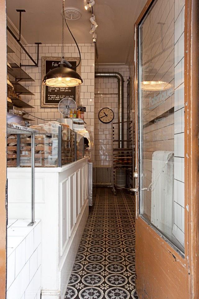 Fabrique Stenugnsbageri | Stockholm - I just love patterned floor tiles!