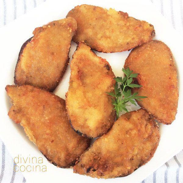 Estos mejillones con bechamel (tigres) tienen tradicionalmente un punto picante. Se lo puedes dar con una puntita de guindilla o de cayena, o simplemente sustituyendo el pimentón dulce por picante.