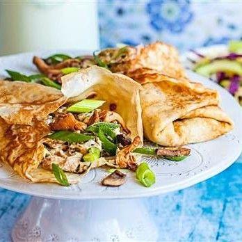 Kantarellcrêpes - Recept - Tasteline