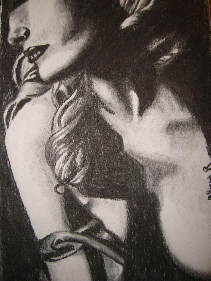Dibujo realizado en carboncillo, por Alicia Ruiz.