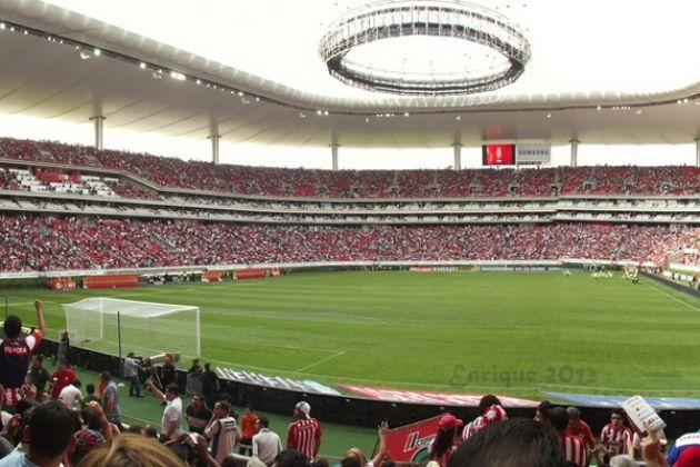 BOLETOS AGOTADOS PARA EL CLÁSICO TAPATÍO El Club Deportivo Guadalajara hizo oficial que no hay entrada alguna sobrante para el Clásico Tapatío de este domingo en el Estadio Chivas.
