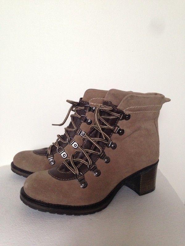 Boots à lacets André Vinted | Bottines daim, Bottines