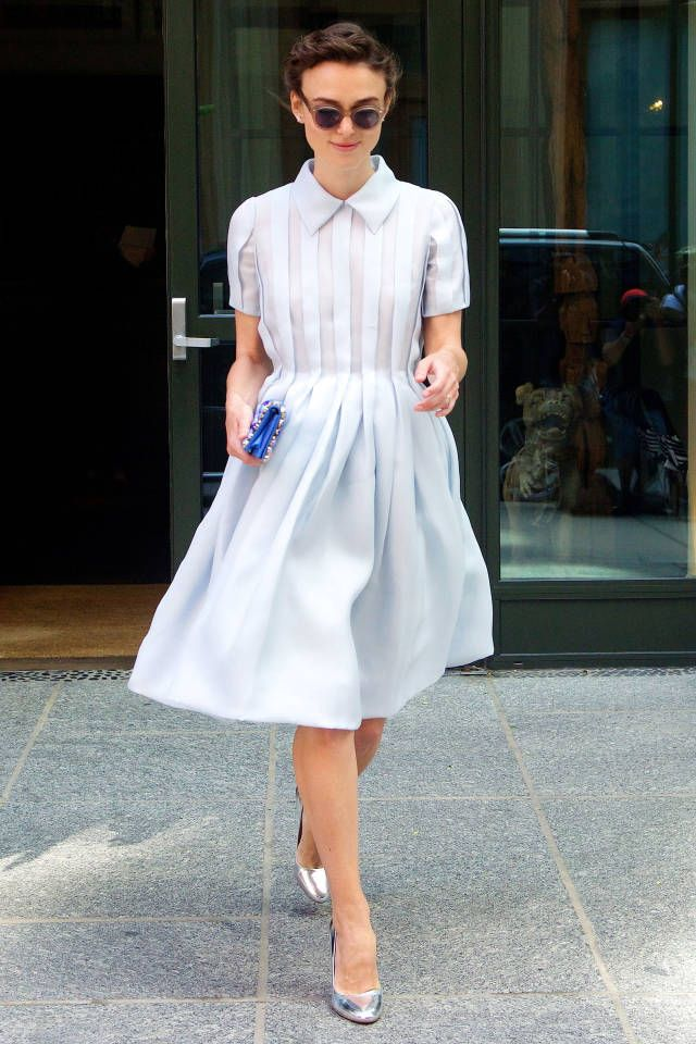 Keira Knightly's street style while doing Begin Again promotion rounds Stay up to date on her latest look here. Fonte: Harper's Bazaar