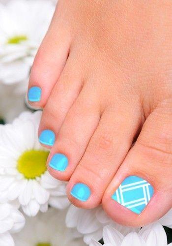 Blue and White Toenail Art Design