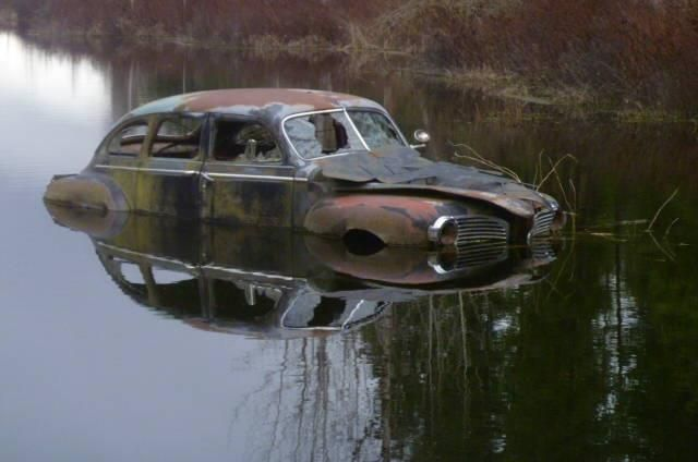 1941-dodge-sedan-with-a-lake