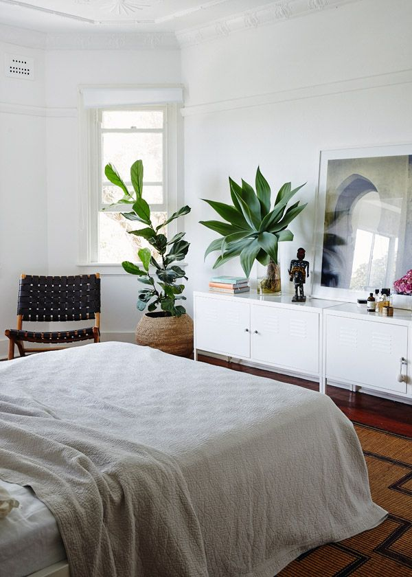 Love this simple bedroom - no fuss! #bedroom #fig #succulent #plants #white #apartment #simple