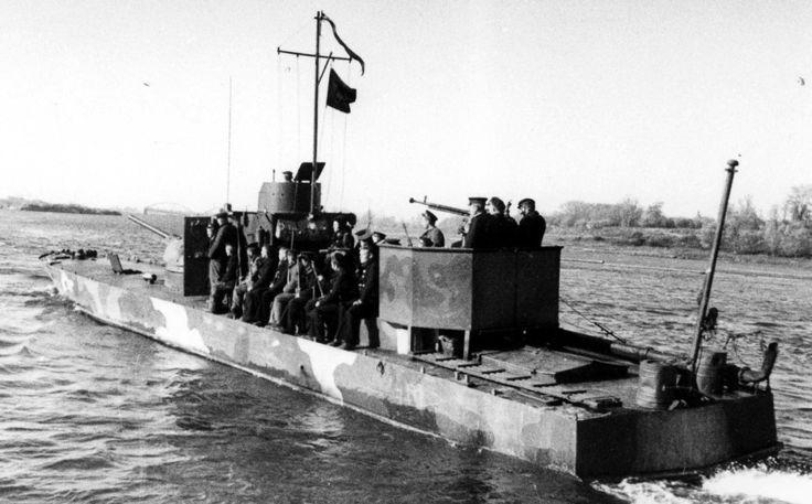 Soviet WW2 armoured boat of 1125 type