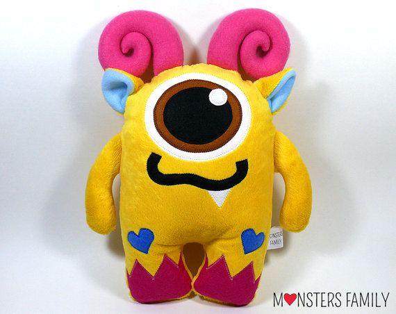 Día de San Valentín relleno monstruo peluche por MonstersFamily