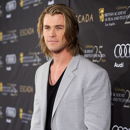 Chris Hemsworth is known for his long  chin  length blonde