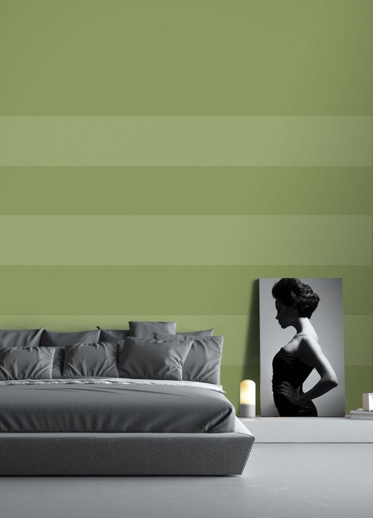 PEINTURE SICO | La couleur verte dans la chambre à coucher, pourquoi pas? Naturelle et apaisante, elle vous porte dans les bras de Morphée. Appliquez-la en bandes alternées claires et plus foncées, on dit oui!