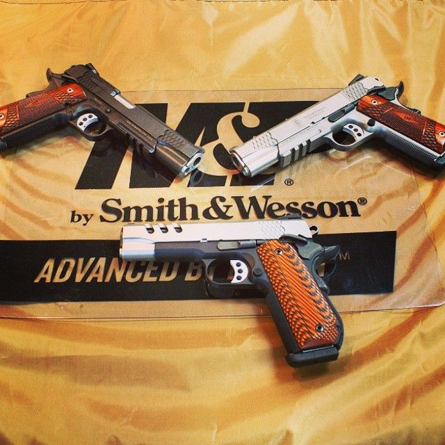 Some smooth looking @smithwessoncorp 1911s in #45acp now available for sale! #smithandwesson #gunsdaily #gunstagram #wildwestshootingcentre #wwsc #girlswithguns #igmilitia #gunsofinstagram #yeg #happyshooting #pewpewpew #weaponsdaily #weaponfanatics #1911 #supportthetroops #thegunlife #BadAssGuns