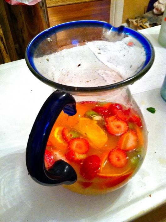 Peach Sangria (Arbor Mist peach chardonnay, peach schnapps, lemonade concentrate, sliced fruit)
