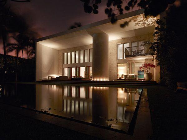 Villa Allegra Boasts Charming and Inviting Ambience in Miami Beach, Florida