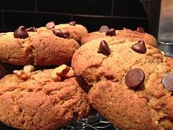Choco-Chia Chip Cookies 6 pack $15 12 pack $30 24 pack $50 thesmoothiebar.ca