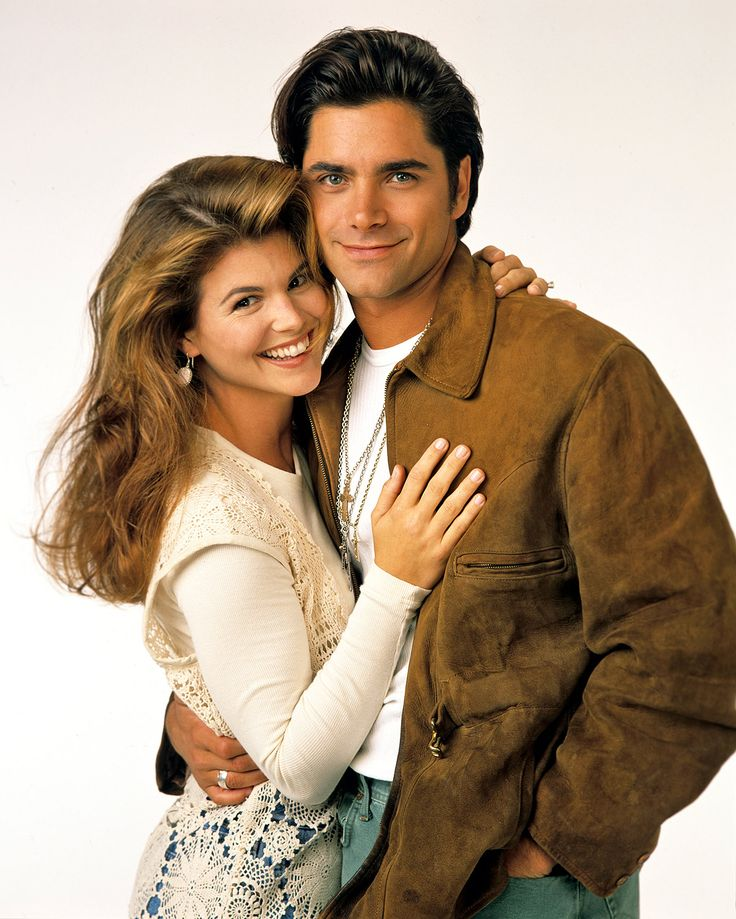 Lori Loughlin reprises Full House role with Andy Cohen and Jerry O'Connell Full House #FullHouse
