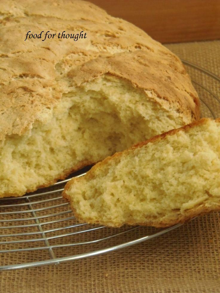 Ψωμί καλαμποκιού http://laxtaristessyntages.blogspot.gr/2014/01/psomi-kalabokiou.html
