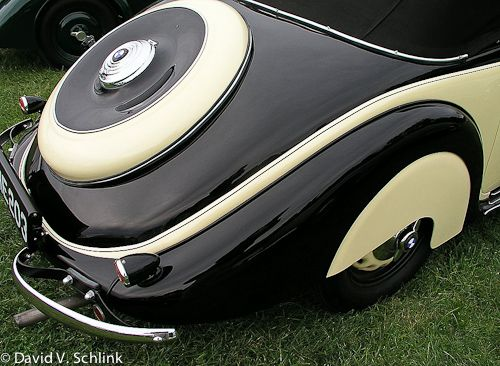 art deco car