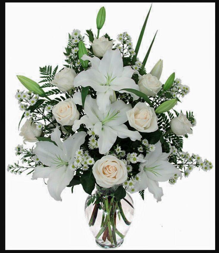 Букет белых роз и лилий, цветов каллами