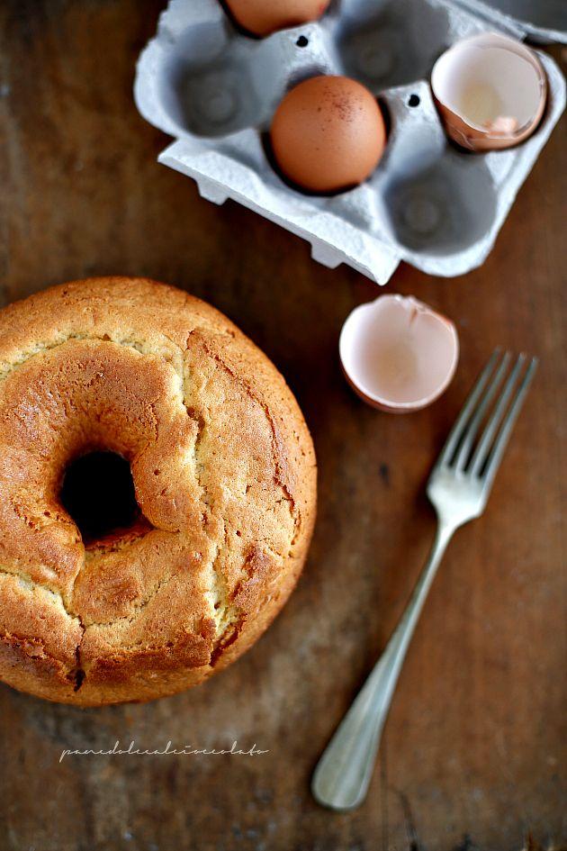 PANEDOLCEALCIOCCOLATO: Il Corollo...un dolce tipico dell' Isola d' Elba - Una Ciambella semplice