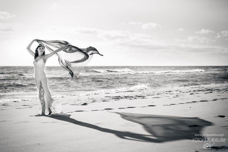 perfect simple beach wedding photography