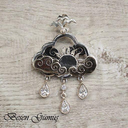 Güneş Bulut ve Yağmur Damlası Temalı Üç Parçalı Özel Tasarım Kolye Fiyat : 165,00 TL  SİPARİŞ için www.besengumus.com www.besensilver.com  İLETİŞİM için Whatsapp 0 544 6418977 Mağaza 0 262 3310170  Maden : 925 Ayar Gümüş Taş : Zirkon Kaplama : Rose, Beyaz ve Siyah Rodaj  Besen Gümüş  #besen #gümüş #takı #aksesuar #güneş #bulut #yağmur #damlası #temalı #üç #parçalı #özel #tasarım #kolye #izmit #kocaeli #istanbul #besengumus #tasarım #moda #bayan