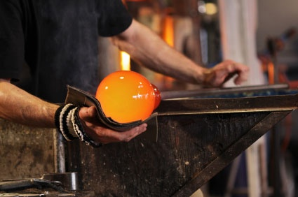 glass blower hands - Google-haku