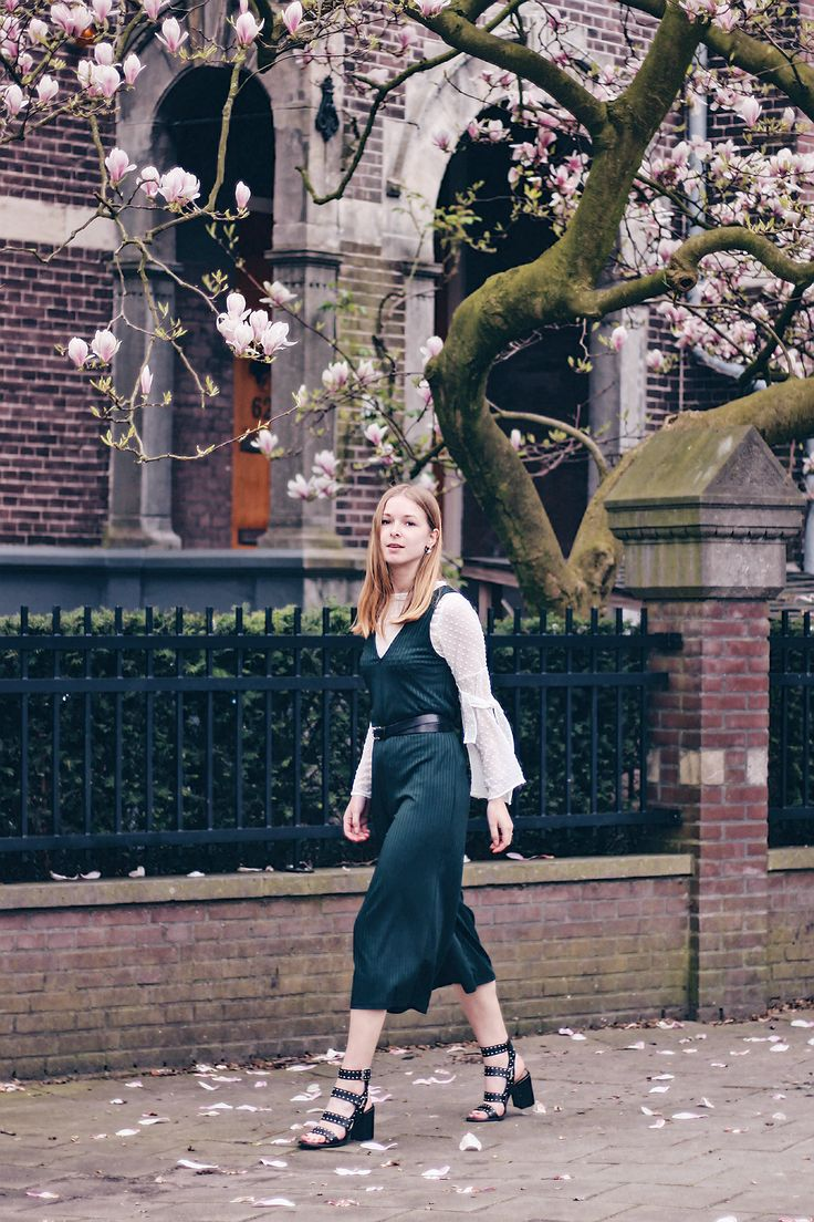 OUTFIT | Layer clothes for Spring // fashion blogger from Amsterdam wearing Zara jumpsuit, blouse, heeled sandals,