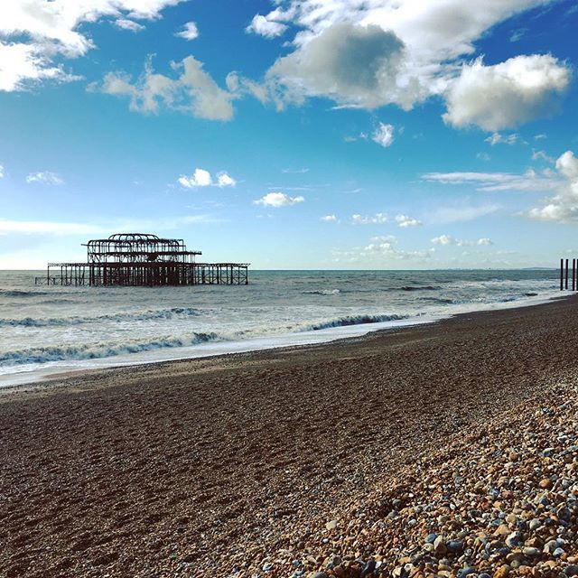 Nowt lovelier than spending time at the seaside! Brighton is home to my local beach and many more sights & sounds to keep you occupied. Want to find out about my favourite bits of Brighton & how I did a day trip for a whisker over 20? Link in bio!  . . . #soloskinyskyward #brighton #daytripper #cheapdate #exploreyourcity #thisgirldoes #letsgo #brightonpier #funfair #sheisnotlost #localtourist #skyporn #skeleton #glt #gltlove #ig_europa #londonist #escapism #traveljunkie #foreveralone…