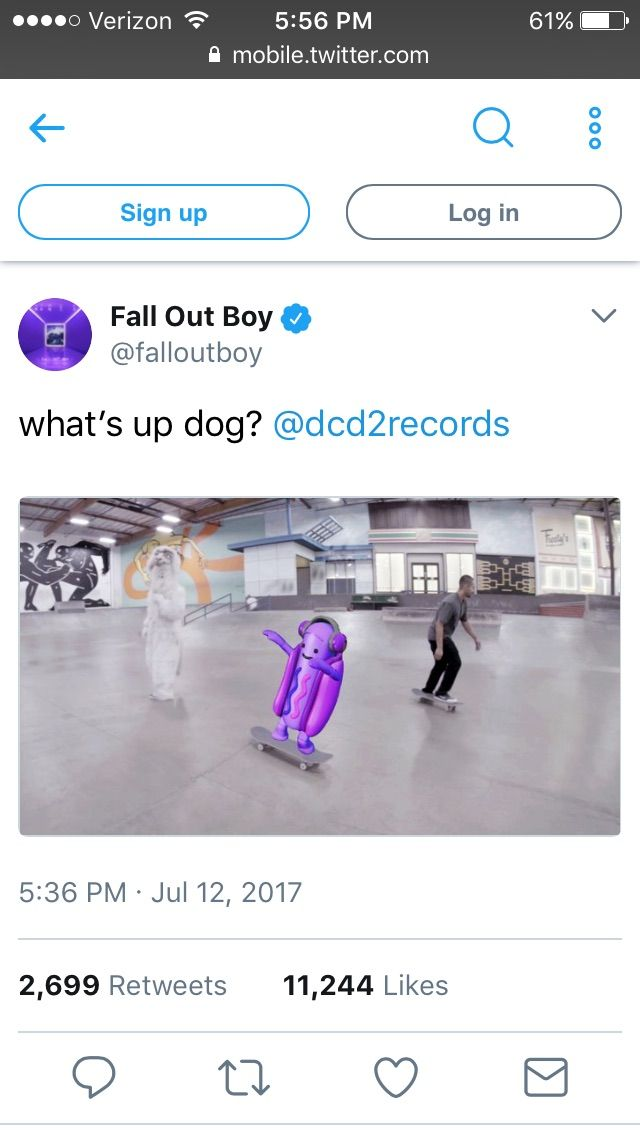 Peter Lewis Kingston Wentz the Third what the heck <-- No kidding, what the heck is that hotdog from snapchat doing on a skateboard, let alone twitter?