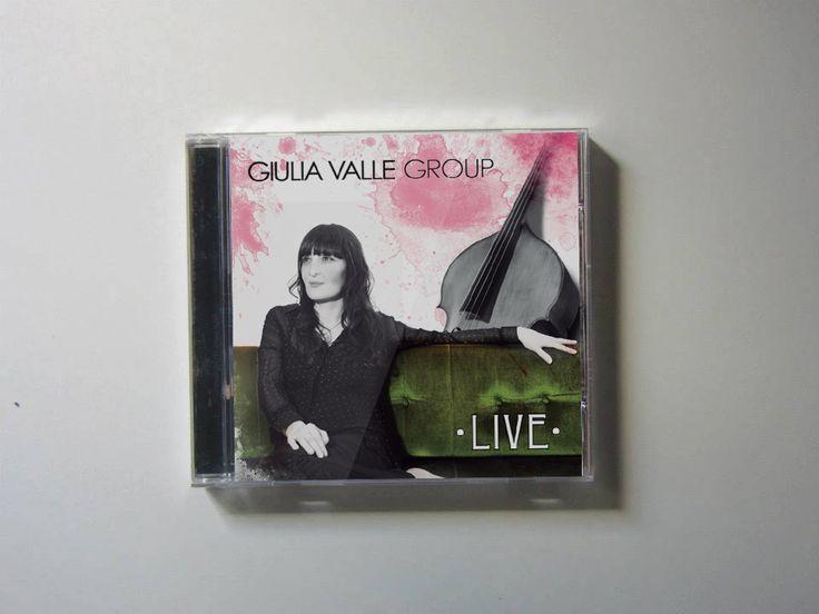 """Maquetación del CD """"Live"""", de Giulia Valle Group.  Año 2012."""