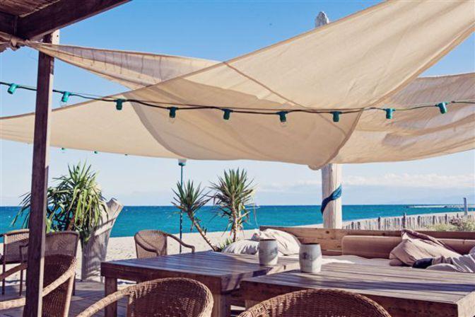 Restaurant Zaza Club, Plage sud Torreilles-Plages . Envie : Terroir, Poissons et fruits de mer. Les plus : Ouvert le dimanche, Ouvert le lundi, Ant...