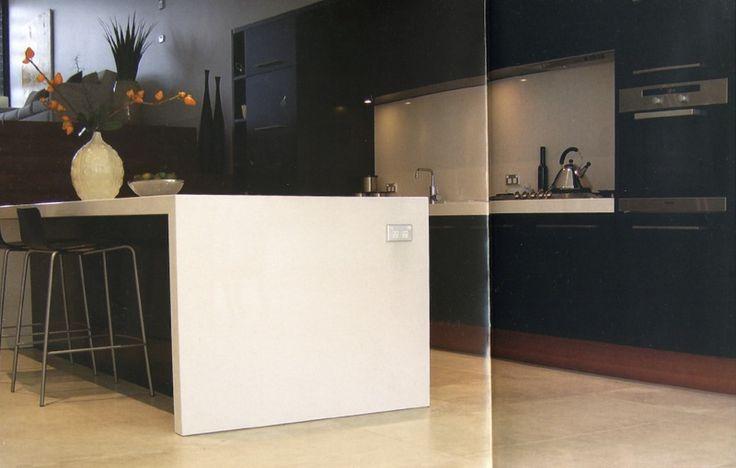 Navy Blue Kitchen | decor8 Reader Question: Navy Blue in the Kitchen?