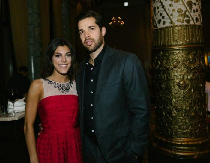 Corey Crawford With His Girlfriend 1 Chicago Blackhawks Pinterest Girlfriends And Corey