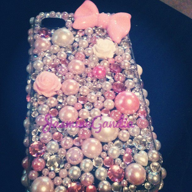 made my mom a decoden phone case