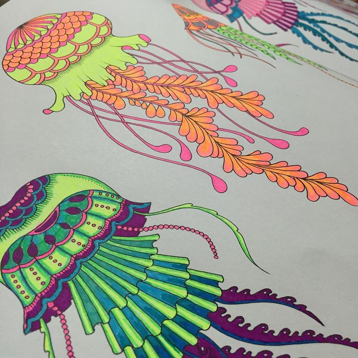 """""""#inkyquest #lostocean #jellyfish #neon #colormeditation #colortherapy"""""""