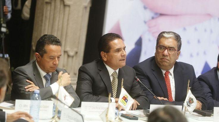 Participa el gobernador de Michoacán en la reunión ejecutiva de Educación entre la Conago y la SEP; anuncia que el estado caminará de la mano con el Nuevo Modelo Educativo ...