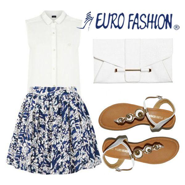 Luce fashion con este hermoso conjunto de falda corta con el cual puedes lucir tus piernas y al mismo tiempo estos zapatos de cuña color marrón y blanco.