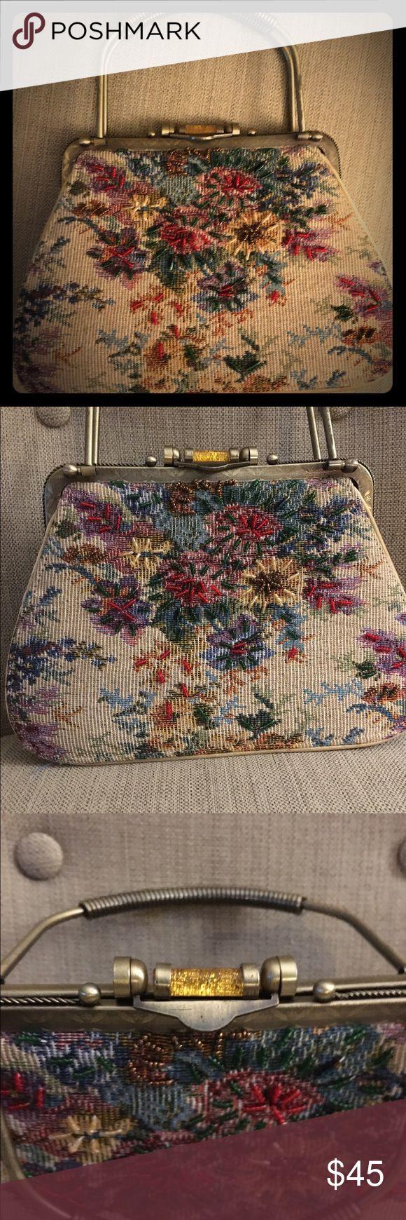 Vintage 1950 tapestry purse Vintage 1950 tapestry purse.  Metal handle I'm great condition Authentic Original Vintage Style Bags Clutches & Wristlets