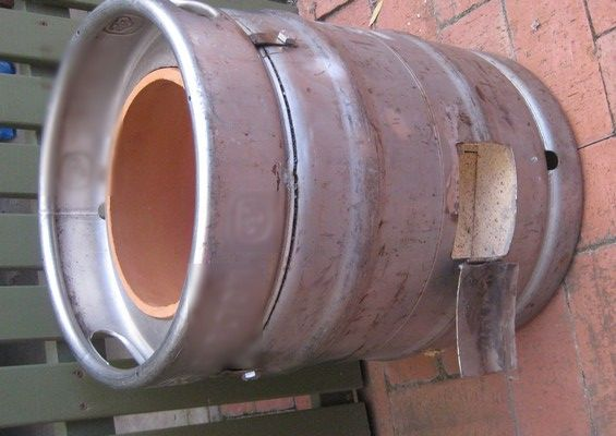 Beer keg tandoor