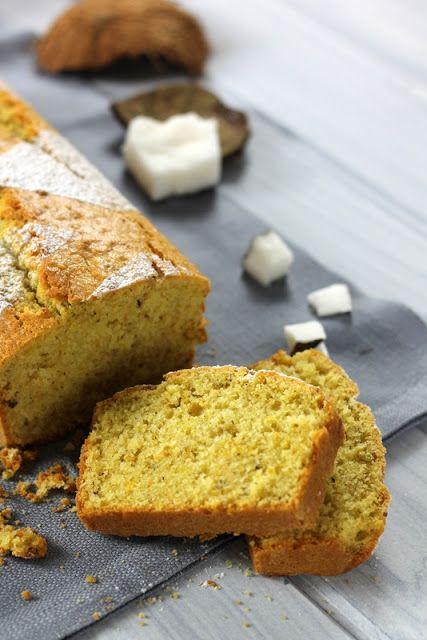 formine e mattarello: Plum cake con cocco e pistacchi